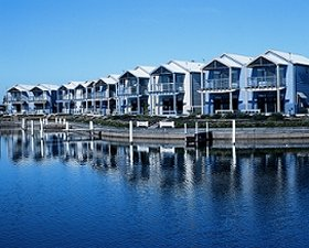 Apartments Lakes Entrance